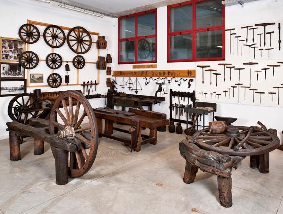 Museo del Falegname Tino Sana Almenno San Bartolomeo